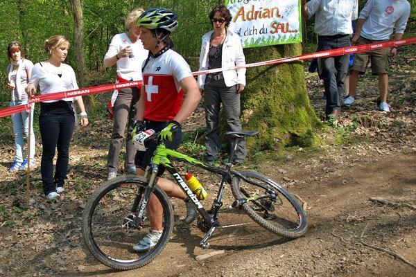 Quadro de carbono quebrado - Marca: Merida Mountain Bike